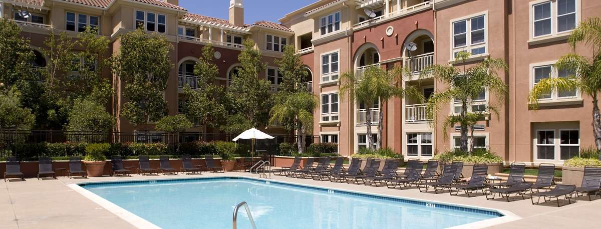 Franklin Street Apartments in Redwood City, CA | Irvine Company