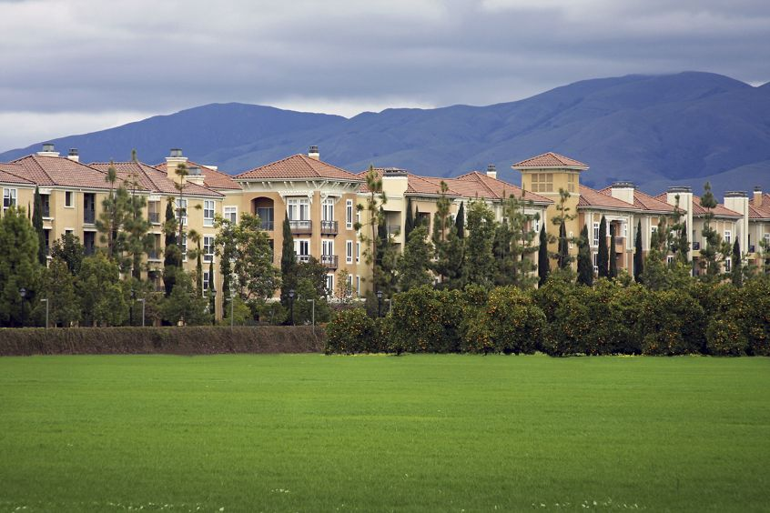 View of building exterior at North Park Apartment Homes in San Jose, CA.