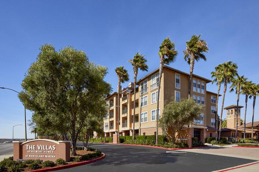 Exterior view at The Villas at Bair Island Apartment Homes in Redwood City, CA.