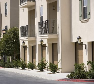 Exterior view of Esperanza Apartment Homes in Irvine, CA.