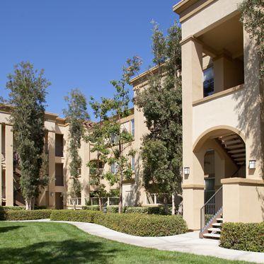 Exterior view of Oak Glen Apartment Homes in Irvine, CA.