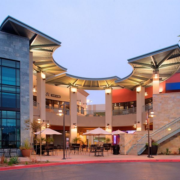 Diamond Jamboree retail shops near Park Place Apartment Homes in Irvine, CA.