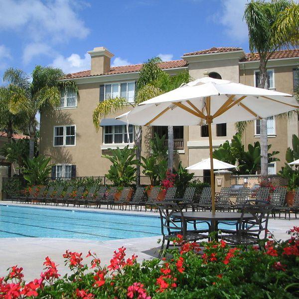 Features & Community Amenities - Santa Clara Apartments