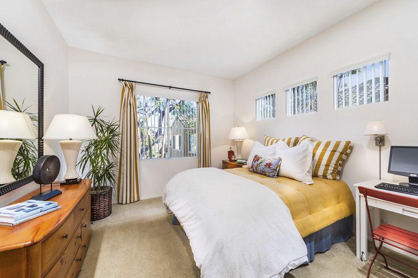Exterior view of Santa Maria Apartment Homes in Irvine, CA.