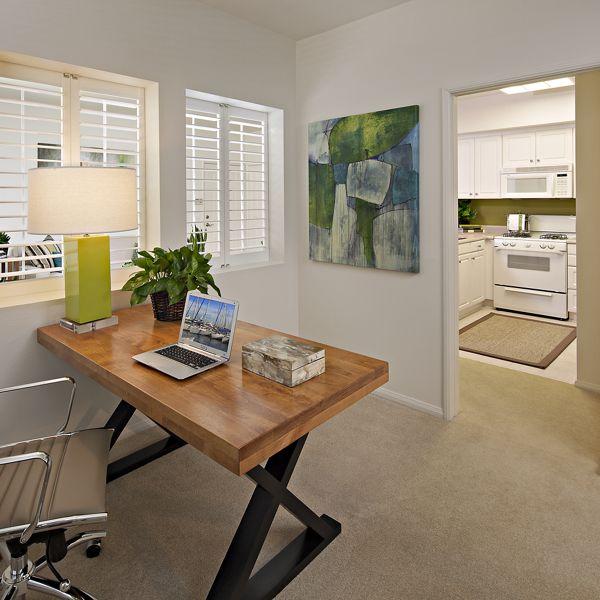 Features & Community Amenities - Serrano Apartments