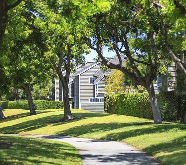 Exterior view of Windwood Glen Apartment Homes in Irvine, CA.