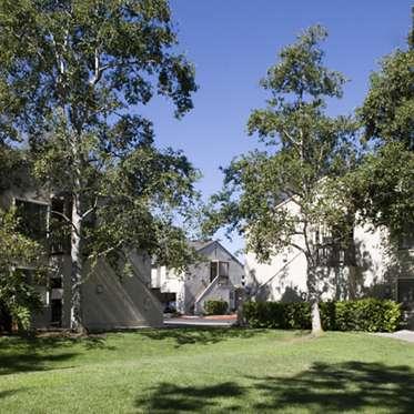 Woodbridge Villas Apartments in Woodbridge Irvine, Ca for Rent
