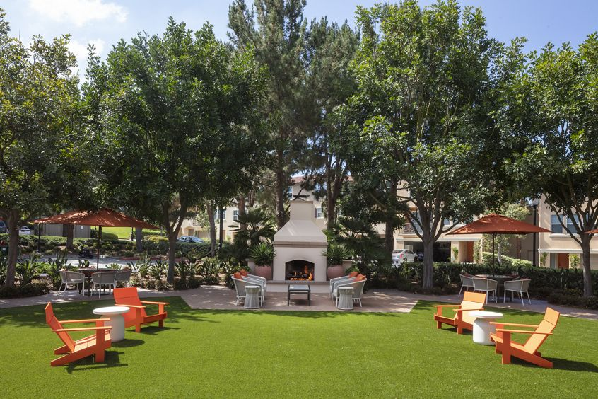 View of outdoor courtyard at Turtle Ridge Apartment Homes in Newport Beach, CA.