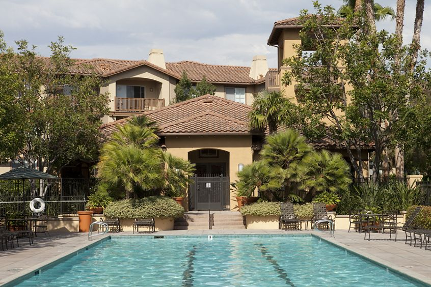 Exterior view of pool at Rancho Monterey Apartment Homes in Tustin, CA.