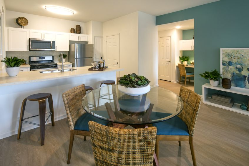 Dining and Kitchen view of Del Rio Apartment Homes in Mission Valley, CA.