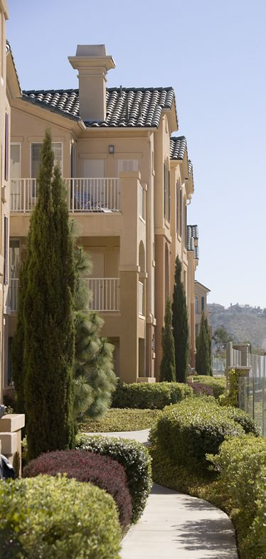 Exterior view of Torrey Villas Apartment Homes in San Diego, CA.