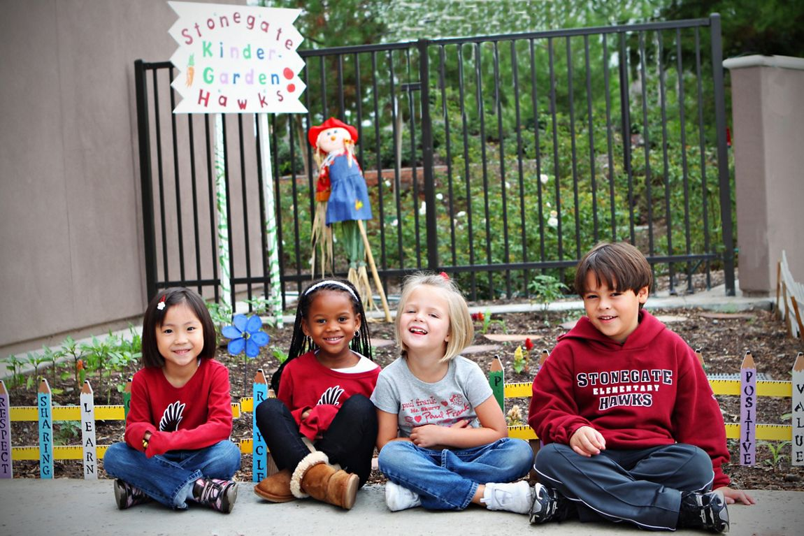General views of students at Stonegate Elementary School. Ancich 2010. Favorite shots.