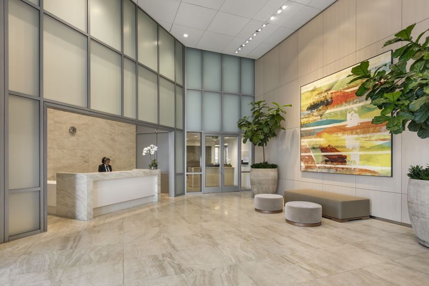 Building Lobby Amenities Photos of 2121 Avenue of the Stars in Los Angeles, CA.