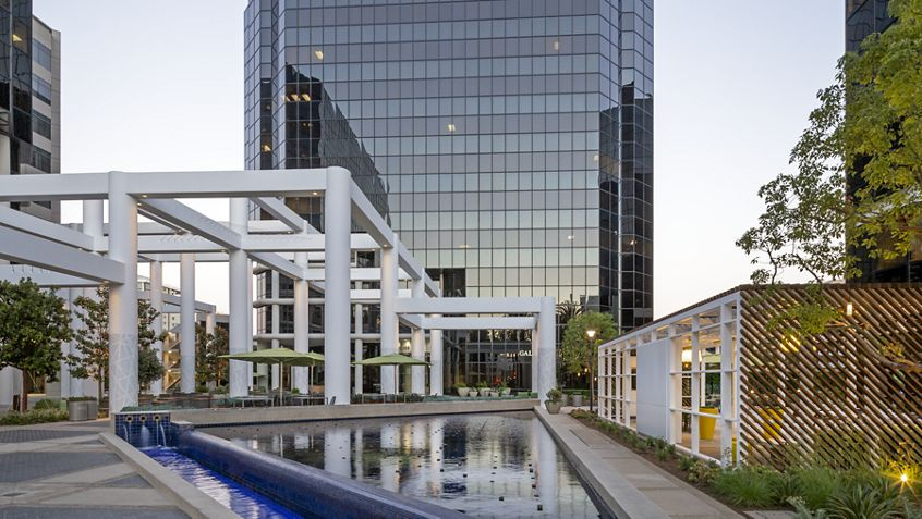 Hero photography of building exteriors at18300 Von Karman Avenue - Irvine Towers in Irvine, CA