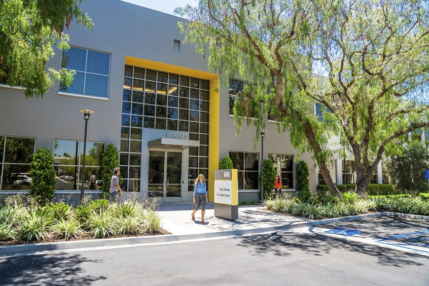 Lifestyle photography of the building entry at Oak Creek Business Center - 6440 Oak Canyon in Irvine, CA