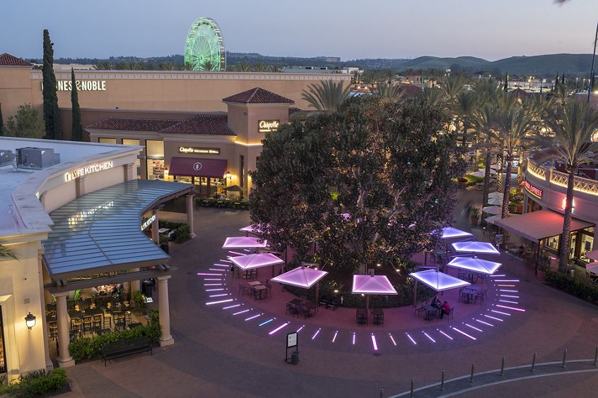 Photography of the Irvine Spectrum Center, retail shopping in Irvine, CA