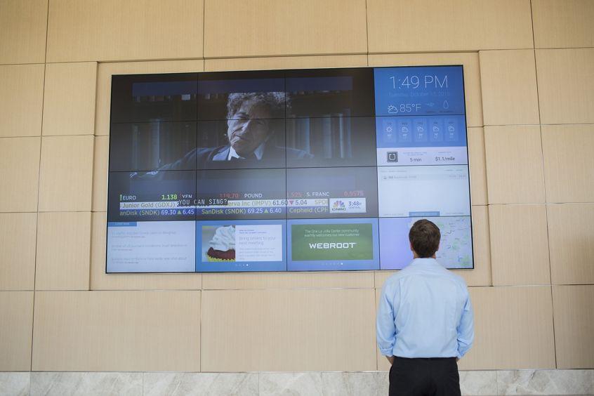 Media wall at One La Jolla Center.