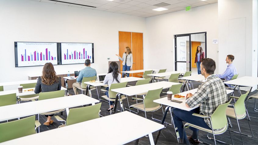 Lifestyle photography of the conference center at Silicon Valley Center - 2580 N. First Street, Suite 250 in San Jose, CA