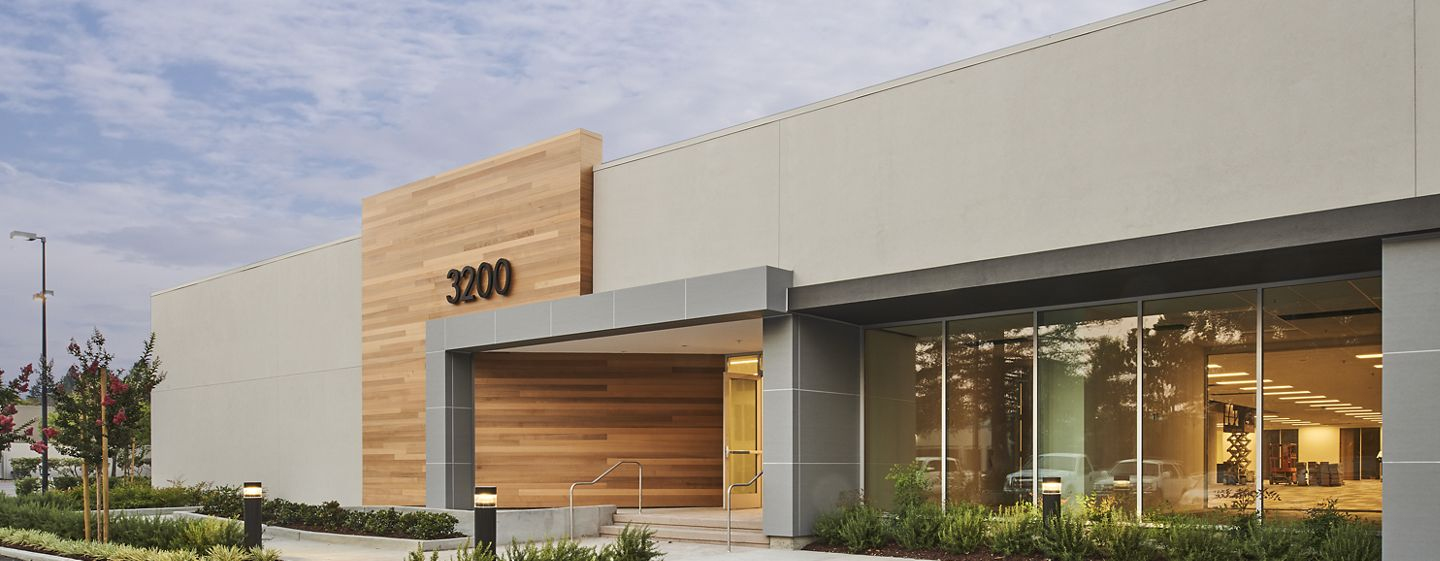 Exterior view of 3200 Coronado Drive at Coronado Park @ The Square.